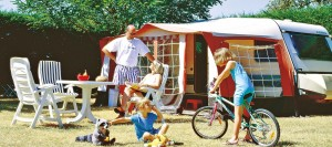 emplacement-tente-camping-campagne-perigord-2