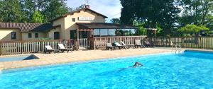 piscine-camping-rouffignac-perigord